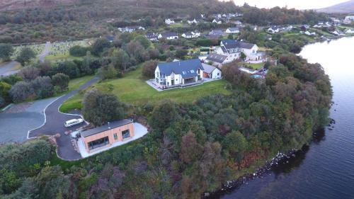 Een luchtfoto van Air an Oir - Skye Self Catering