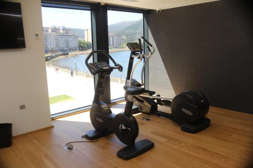 Gimnasio o instalaciones de fitness de Viveiro Urban Hotel
