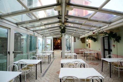 Restaurant ou autre lieu de restauration dans l'établissement Abc Comfort Hotel Mantova City Centre