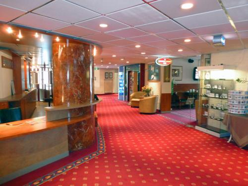 Hall o reception di Hotel Restaurant & Casino De Nachtegaal