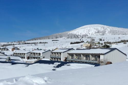 VVF Villages « Les Sources de la Loire » Les Estables during the winter