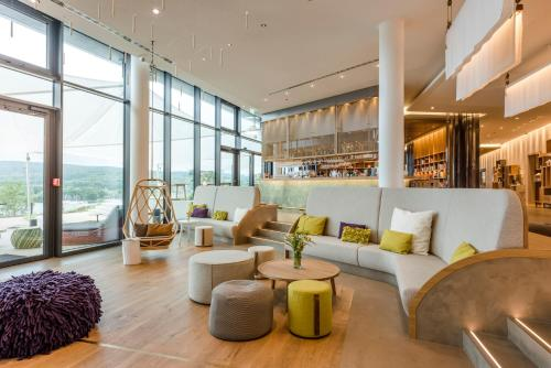 The lounge or bar area at Seezeitlodge Hotel & Spa