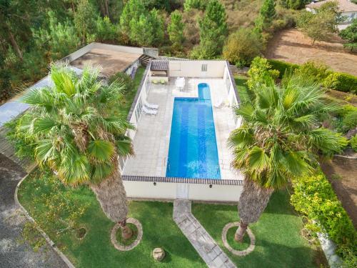 Uma vista da piscina em Casa da Quinta Nova ou nas proximidades