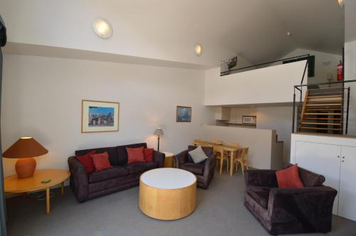 A seating area at Squatters 11