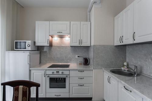 Кухня или мини-кухня в Апартаменты София