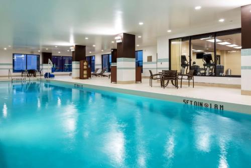 The swimming pool at or near Hyatt Place Nashville Downtown