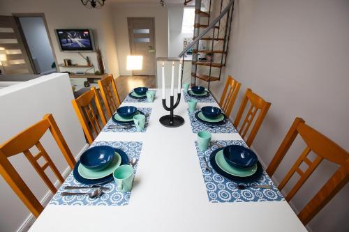 Restauracja lub miejsce do jedzenia w obiekcie Apartamenty Kowary