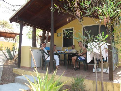 A restaurant or other place to eat at Camping Golfo dell'Asinara