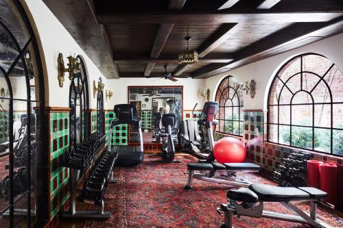 The fitness centre and/or fitness facilities at The Bowery Hotel