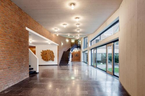 The lobby or reception area at Katholische Akademie Schwerte
