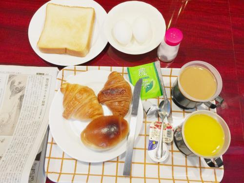 Breakfast options available to guests at Nissei Hotel Fukuoka