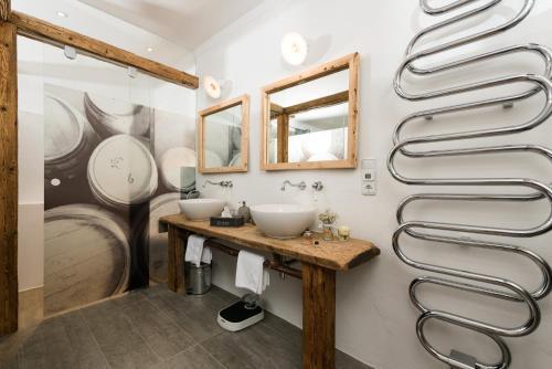 Ein Badezimmer in der Unterkunft Hotel & Gourmetwirtshaus Kirchenwirt seit 1326