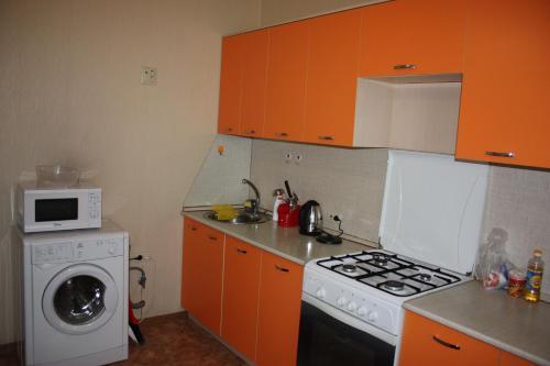 Cuisine ou kitchenette dans l'établissement 1-к квартира Покровский бульвар, 11