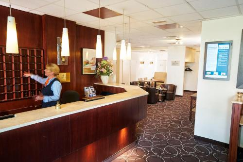 The lobby or reception area at Amrâth Hotel Media Park Hilversum