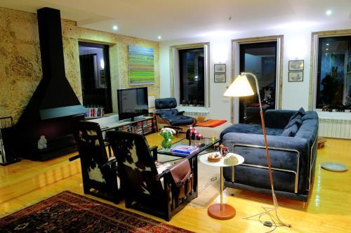 A seating area at Casa da Torrinha