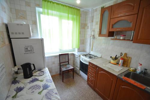 Кухня или мини-кухня в Дзержинского 31