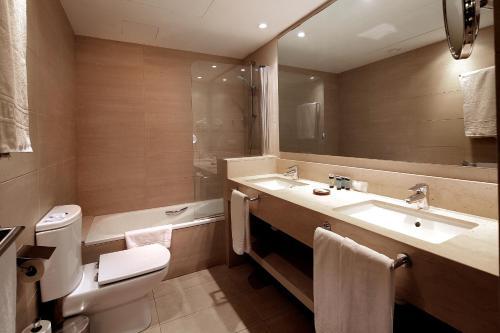 A bathroom at Hotel Condado