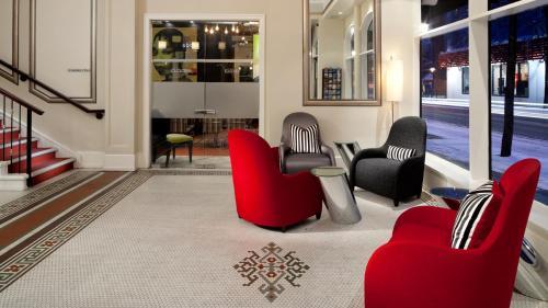 The lobby or reception area at Moda Hotel