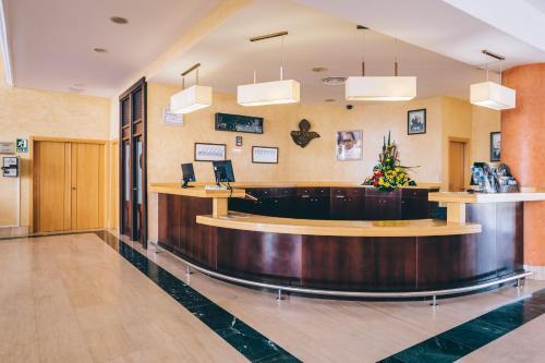 Hall ou réception de l'établissement Grand Muthu Golf Plaza Hotel