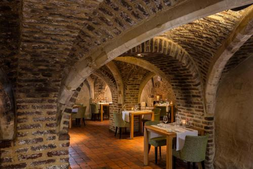A restaurant or other place to eat at Hotel Winselerhof