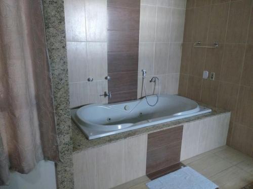 A bathroom at Hotel Continental