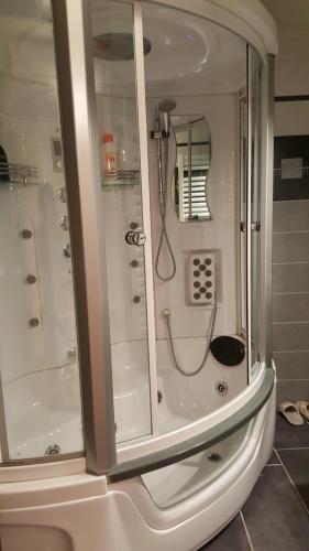 Een badkamer bij B&B Bosscheweg