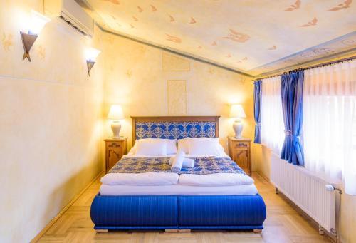 Letto o letti in una camera di Hotel Elite Prague