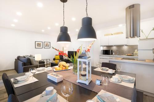 A restaurant or other place to eat at Apartment Allure