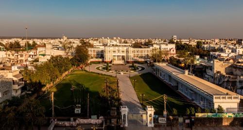 A bird's-eye view of Dowlat Villas Palace