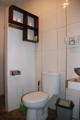 Salle de bains dans l'établissement Blue Star Bungalows & Cafe