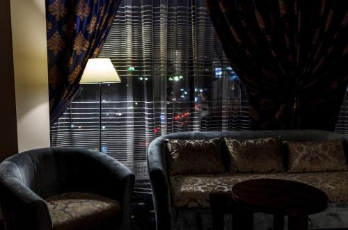 Гостиная зона в Central City Hotel Makhachkala