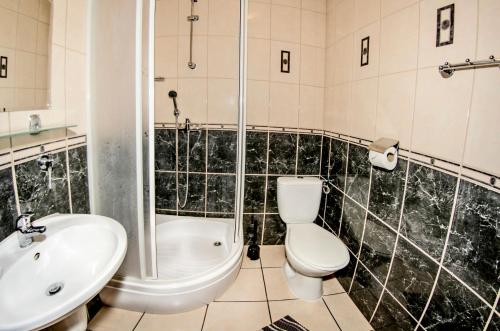 Łazienka w obiekcie Motel w Łące