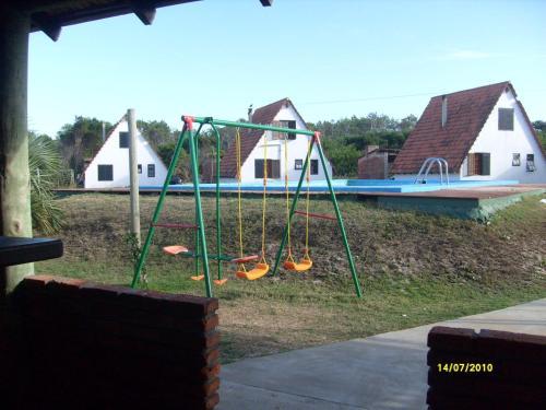 Zona de juegos infantil en Complejo Turístico Anaconda Cabañas