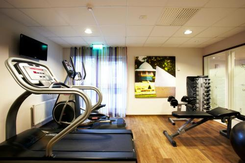 The fitness center and/or fitness facilities at Hotel Finn