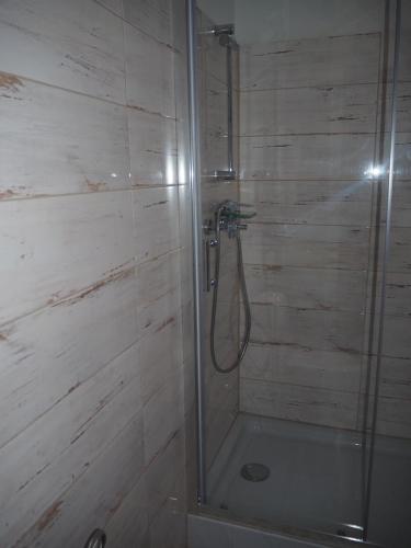 Łazienka w obiekcie Pokoje Gościnne P.O.W. 17