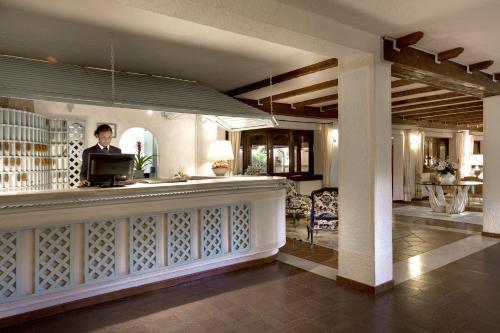 The lobby or reception area at Grand Hotel Smeraldo Beach