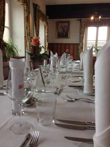 A restaurant or other place to eat at Gasthaus Marienhof