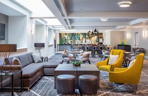 The lounge or bar area at Renaissance Providence Downtown Hotel