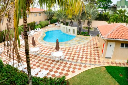 Uma vista da piscina em Gandini Hotel ou nos arredores