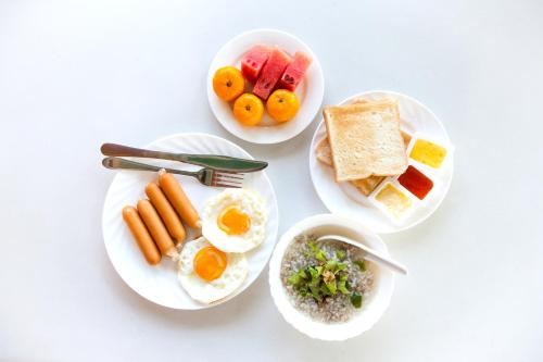 Breakfast options available to guests at Days Hotel by Wyndham Seoul Myeongdong