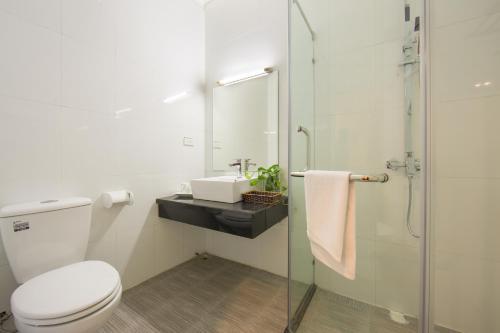 Ein Badezimmer in der Unterkunft Spoon Hotel