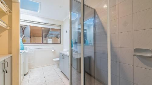 A bathroom at 14 Lansell Road, Cowes