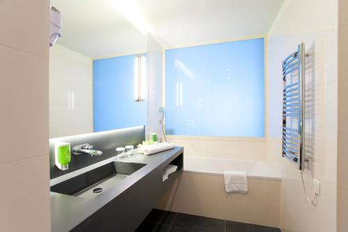 A bathroom at Hotel Split