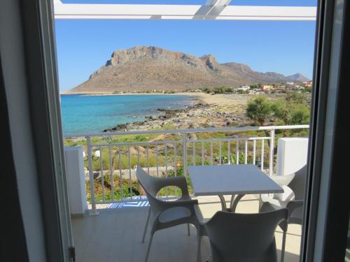 Balcone o terrazza di Blue Beach Villas Apartments