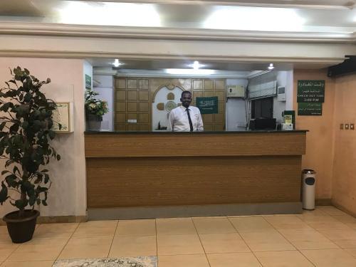 O saguão ou recepção de Al Musafer Hotel Riyadh