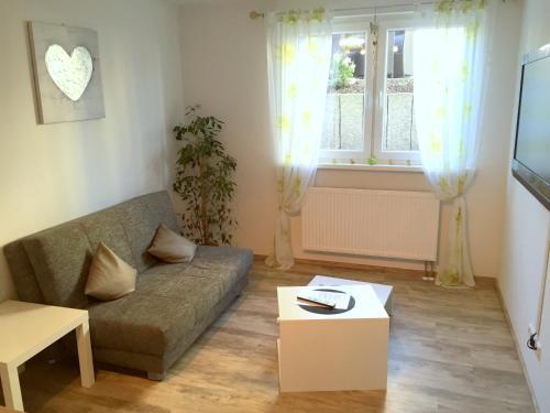 Ein Sitzbereich in der Unterkunft Gästehaus Dolce Vita