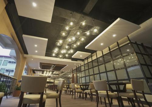 Restavracija oz. druge možnosti za prehrano v nastanitvi Hotel Oazis