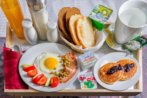 Завтрак для гостей Lefort Мини-отель