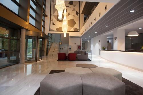 El vestíbulo o zona de recepción de Hotel K10