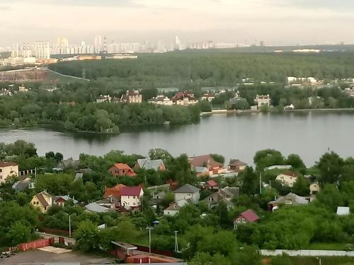 Квартира с видом на Москву-реку на 23 этаже с высоты птичьего полета